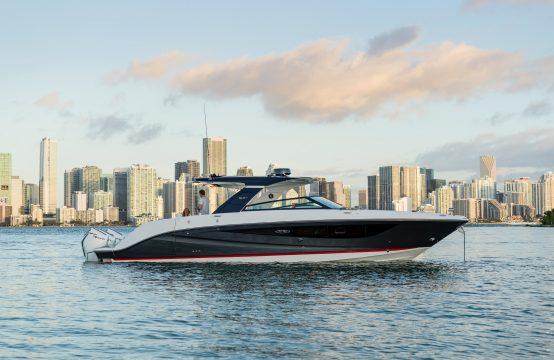 Sea Ray 400 SLX-R